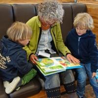Lesepreis Lesen Oma Kinder pixabay buecherherbst buecherblog rueckblende presseschau
